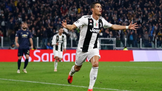 ab92828de Cristiano Ronaldo scores first Champions League goal for Juventus with  stunner against Manchester United