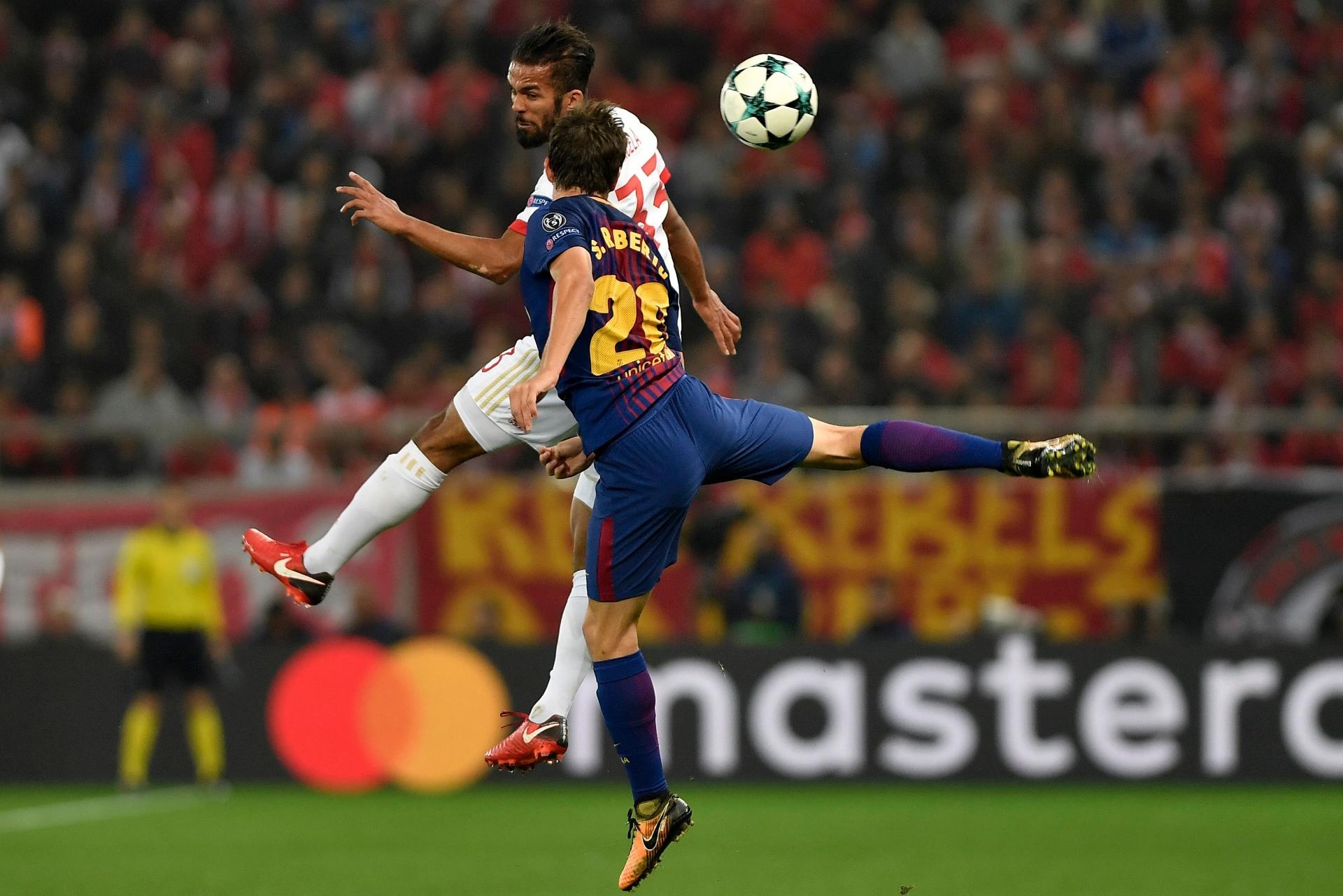 Sergi Roberto Olympiakos Barcelona UCL 31102017