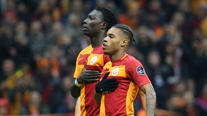 Bafetimbi Gomis Garry Rodrigues Galatasaray celebration 2232018