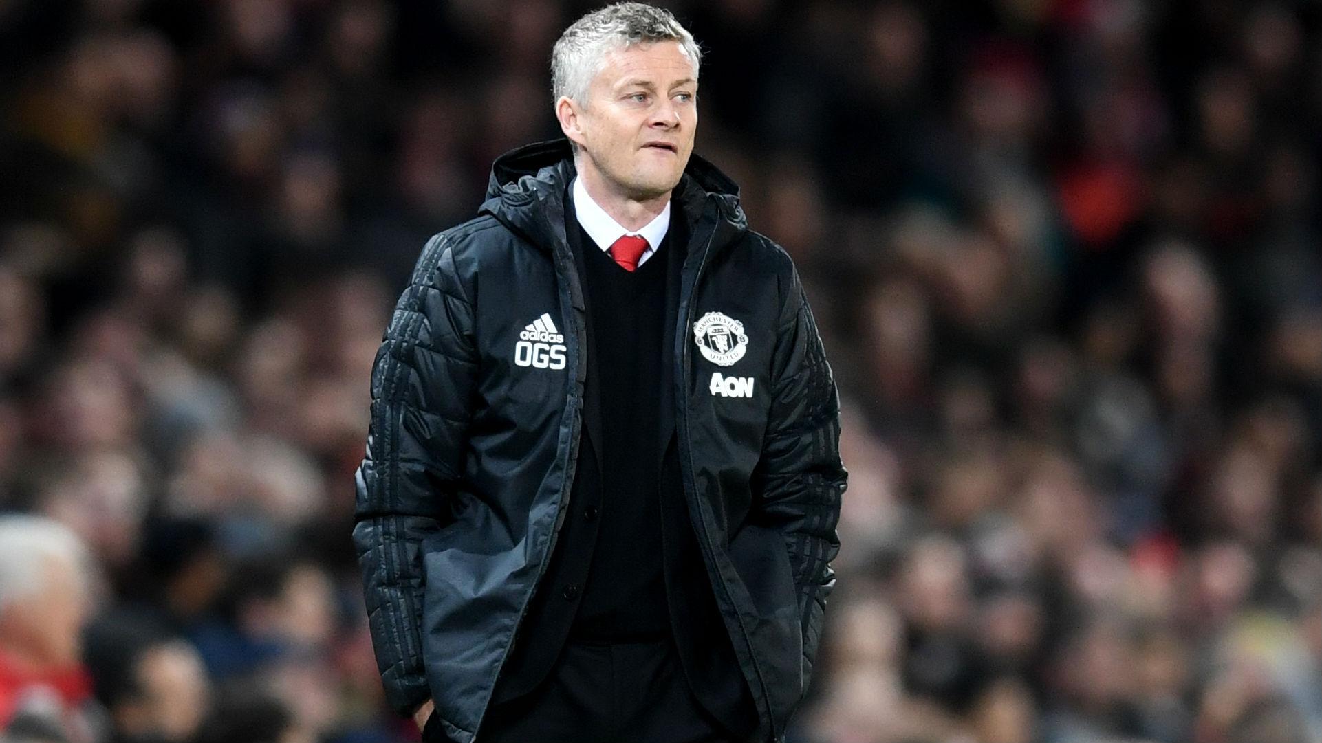 Gary Neville praises PSG performance and rates Man Utd's chance of progressing