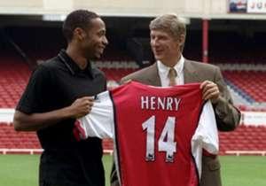Henry, Alexis Sanchez, Vieira, ma non solo: sono tanti i campioni portati all'Arsenal da Arsene Wenger. Ecco i migliori.