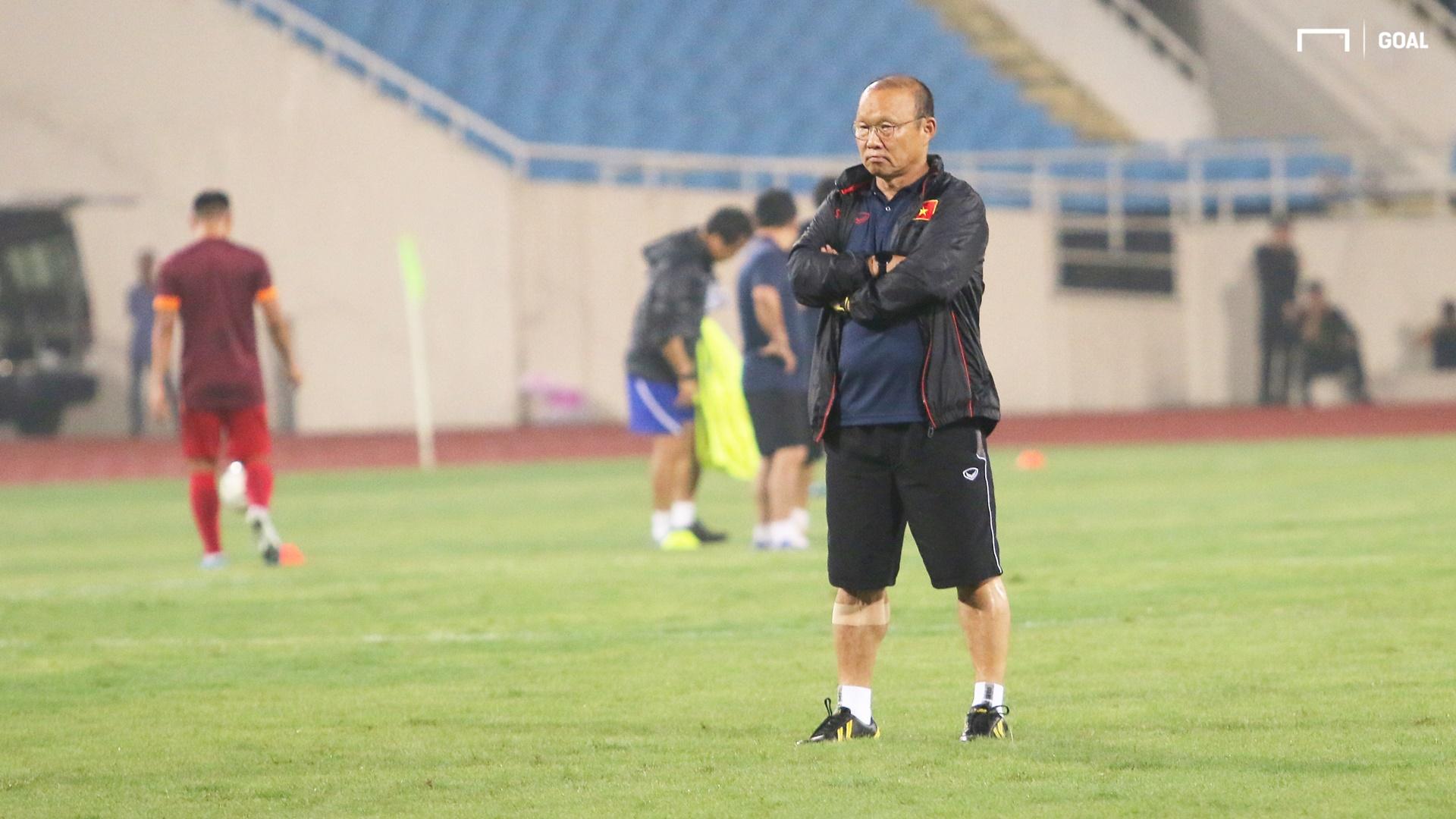 Coach Park Hang-seo   Vietnamese Training Session   9 October 2019   My Dinh Stadium