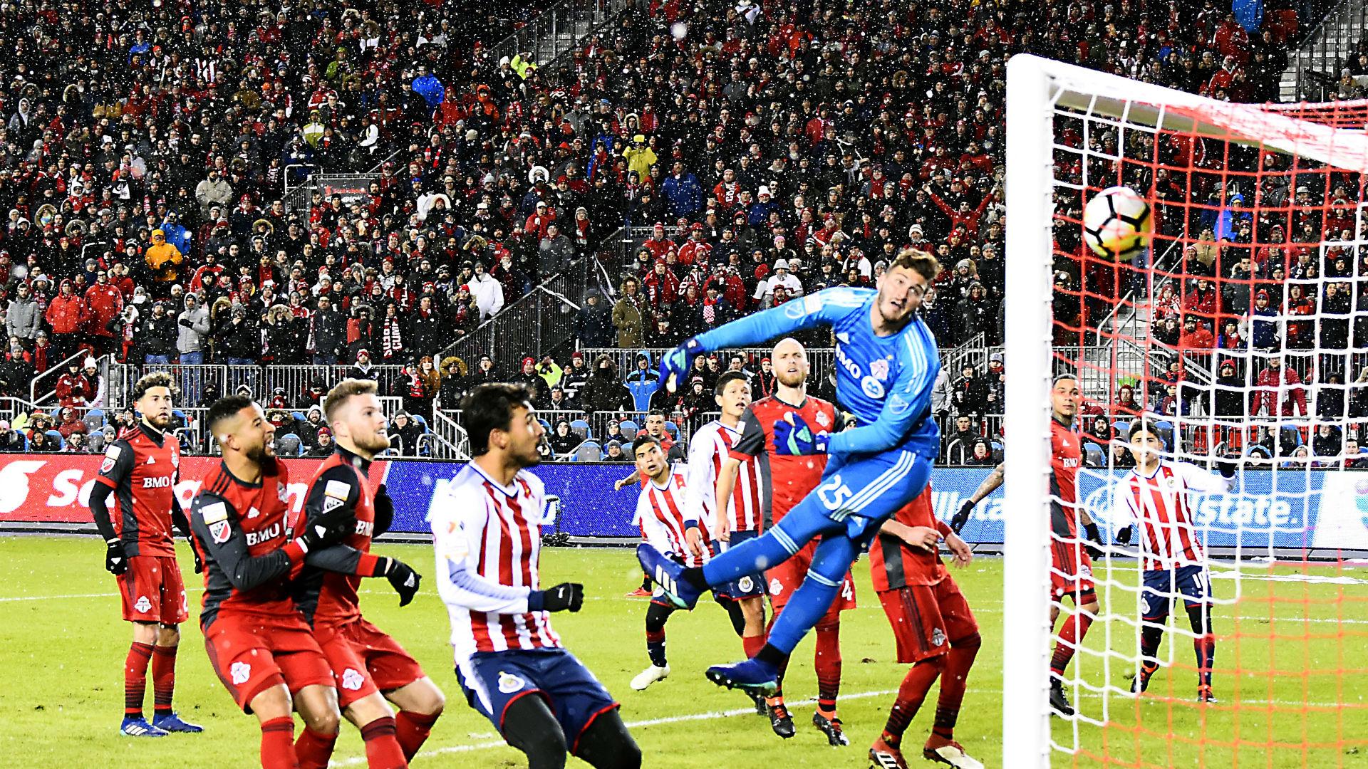 Alex Bono Toronto FC Chivas CONCACAF Champions League