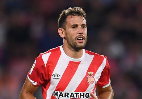 Barcelona focus on Stuani in search for backup striker