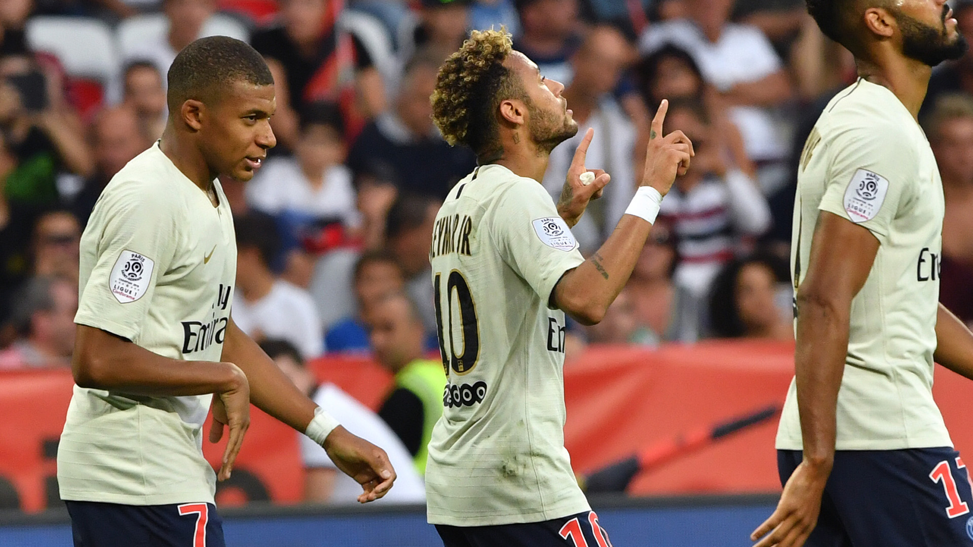 Neymar's awesome free-kick for PSG makes Red Star goalkeeper smile