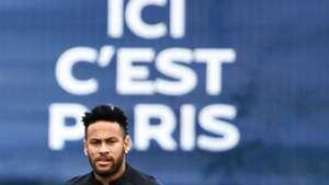 Le PSG reste ouvert aux négociations pour Neymar