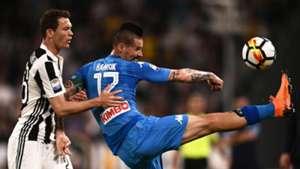 Marek Hamsik Stephan Lichtsteiner Juventus Napoli Serie A