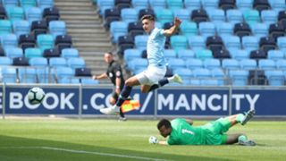 Nabil Touaizi Manchester City