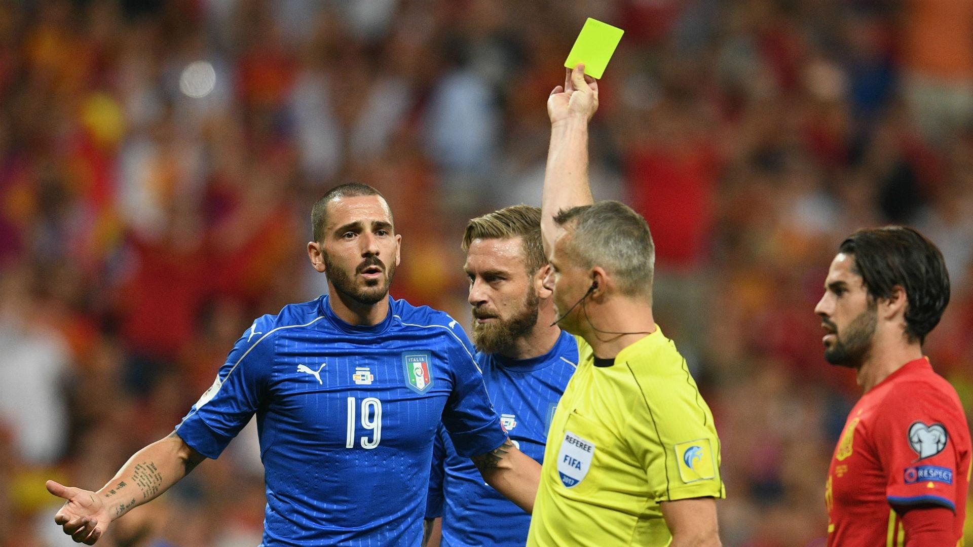 Leonardo Bonucci Italy Bjorn Kuipers referee