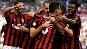 Milan celebrating Serie A