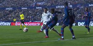 Penalti Casemiro Levante Real Madrid