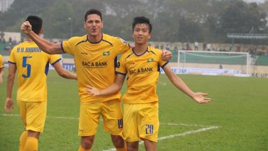 SLNA 3-0 HAGL: Phan Văn Đức vẫn chưa biết tình trạng chấn thương   Goal.com