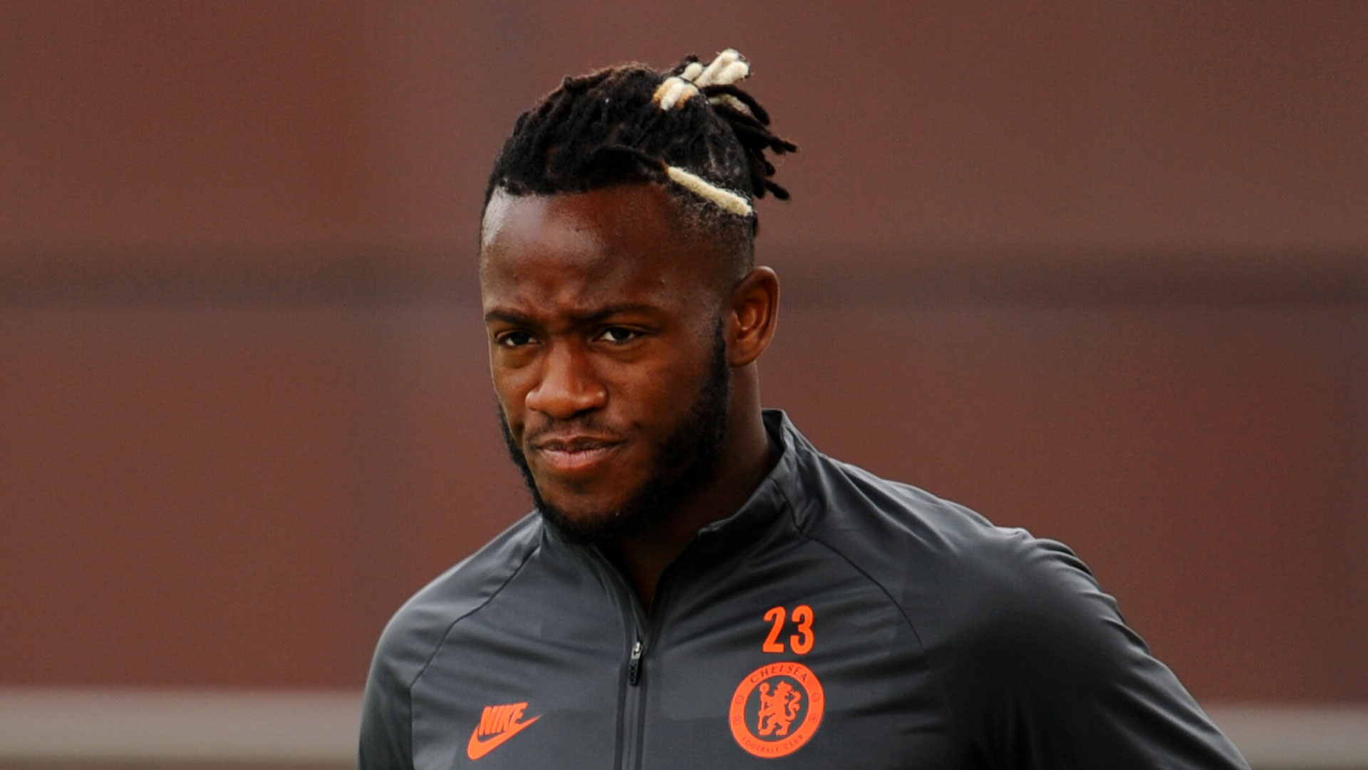 How it all went wrong for Chelsea's €40m benchwarmer Batshuayi