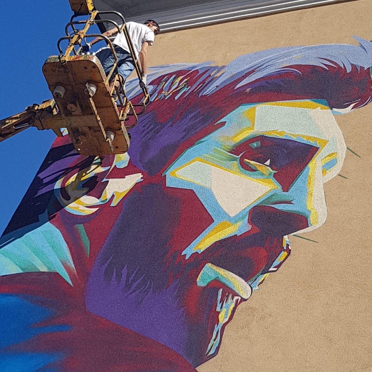 Messi mural Kazan