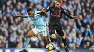 Raheem Sterling Nacho Monreal Premier League Manchester City FC Arsenal 110517