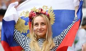 2018-07-07-russia-fan