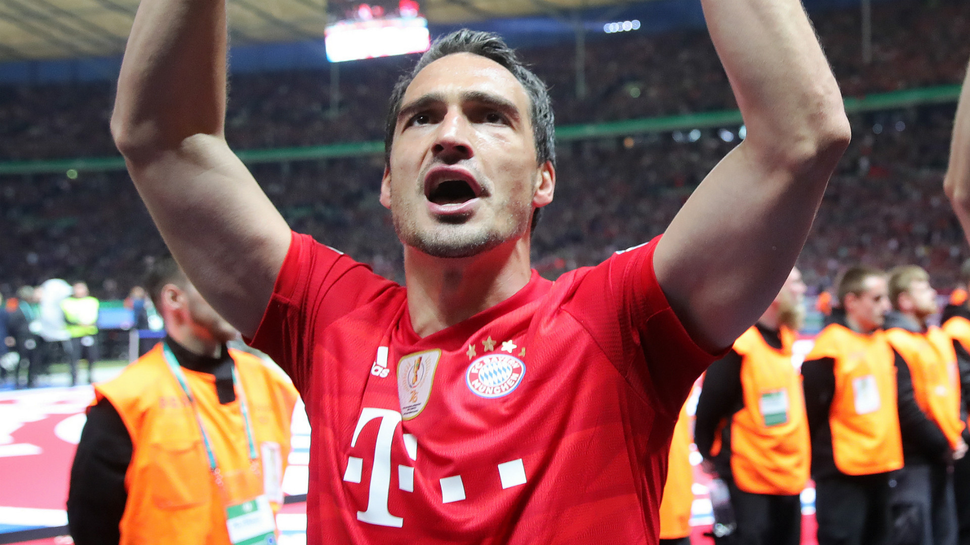 Mats Hummels leaves Bayern Munich for Borussia Dortmund again