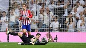 Antoine Griezmann Thibaut Courtois Real Madrid Atletico LaLiga 29092018