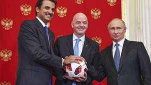 Emir do Catar Sheikh Tamim bin Hamad Al-Thani, Giani Infantino e Putin encontro fim Copa 2018 15 07 18