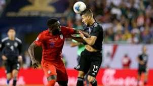 Jozy Altidore Hector Moreno USA Mexico Gold Cup 2019