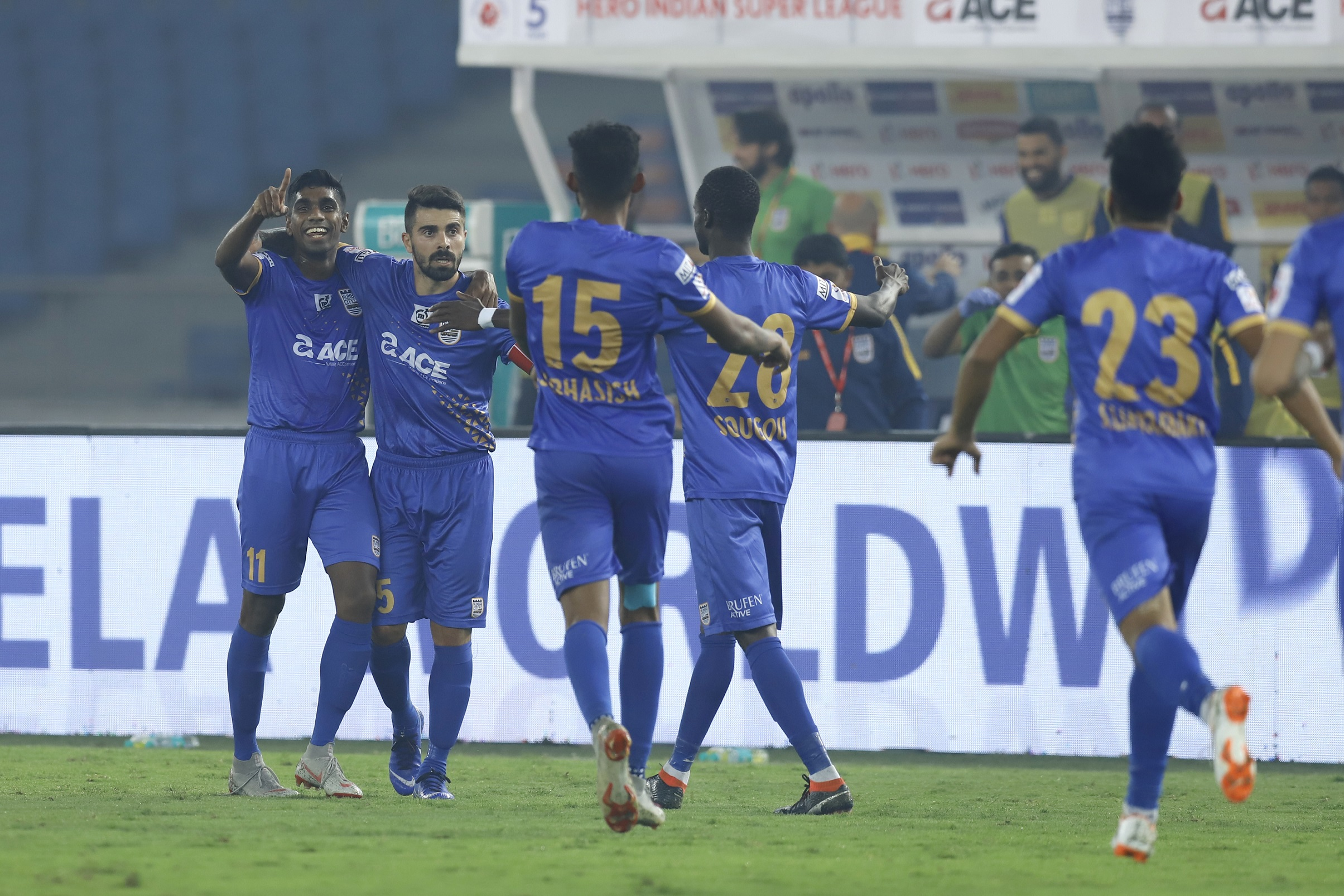 Mumbai City FC players celebrate after Raynier Fernandes scores the goal