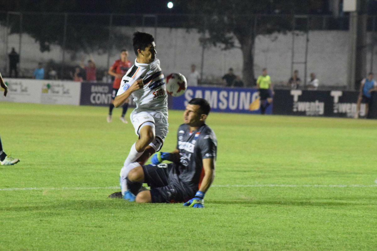 Terrible lesión del paraguayo Richard Prieto
