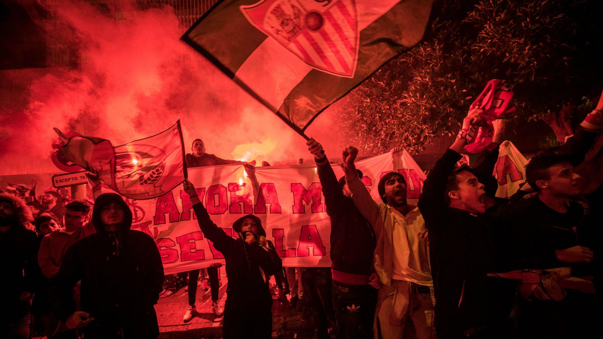 Sevilla fans Liverpool