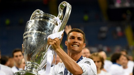 Cristiano Ronaldo Champions League Trophy Real Madrid 2016