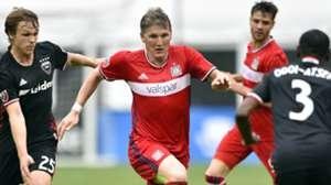 Bastian Schweinsteiger Jared Jeffrey Chicago Fire D.C. United