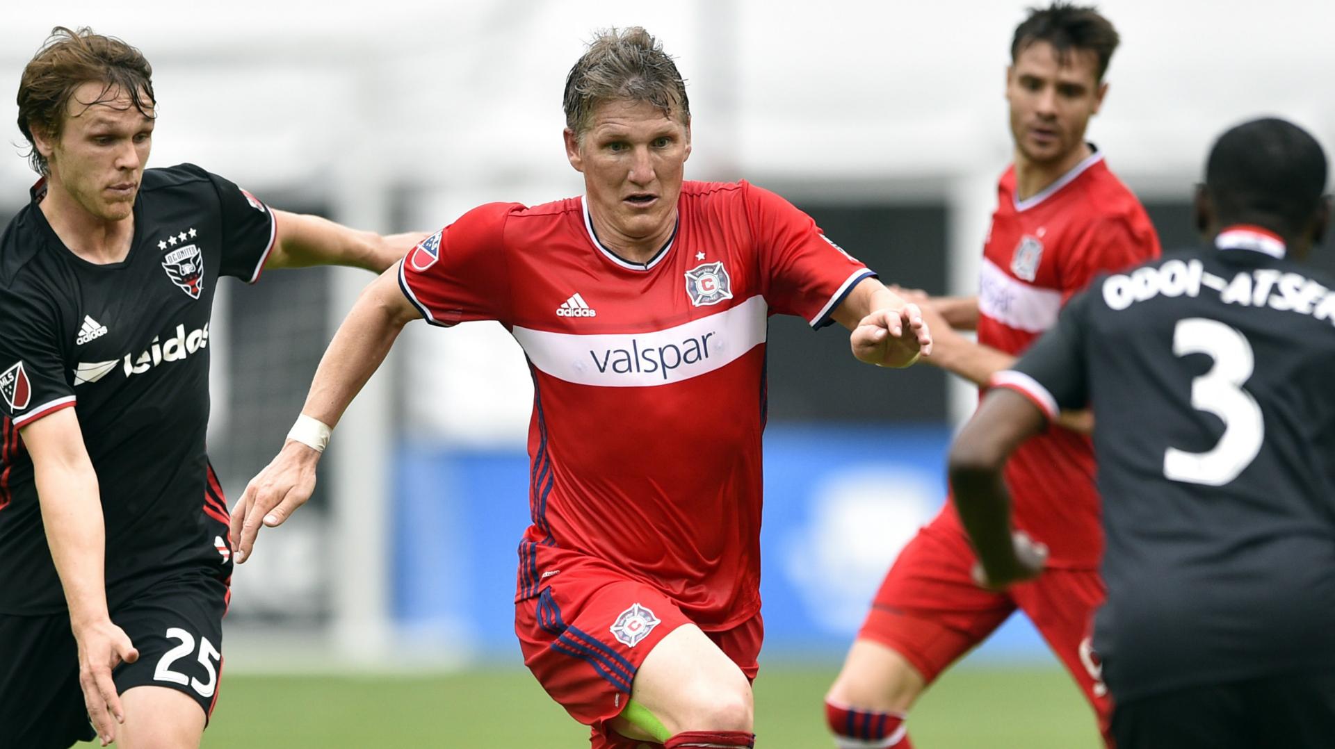 Bastian Schweinsteiger Jared Jeffrey Chicago Fire D.C. United