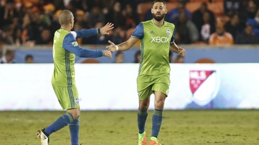 Clint Dempsey Osvaldo Alonso Seattle Sounders
