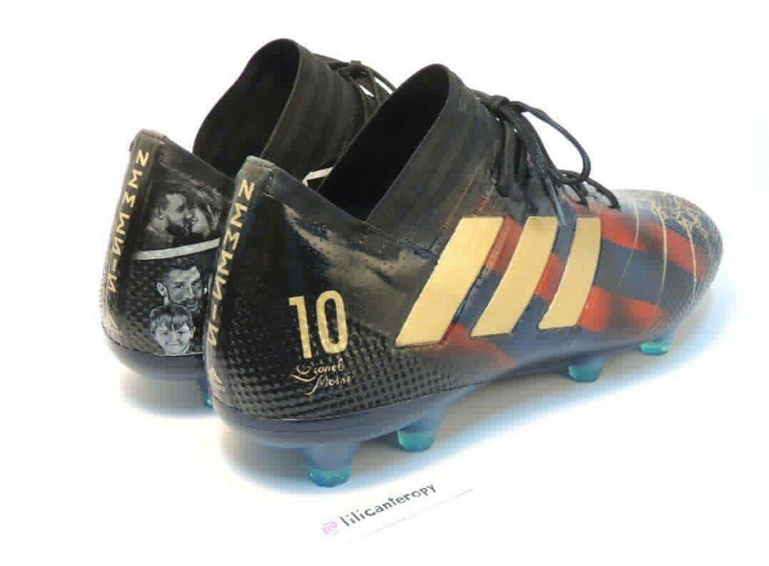 ef383ef3cf112 Messi recebe novas chuteiras inspiradas na sua vida