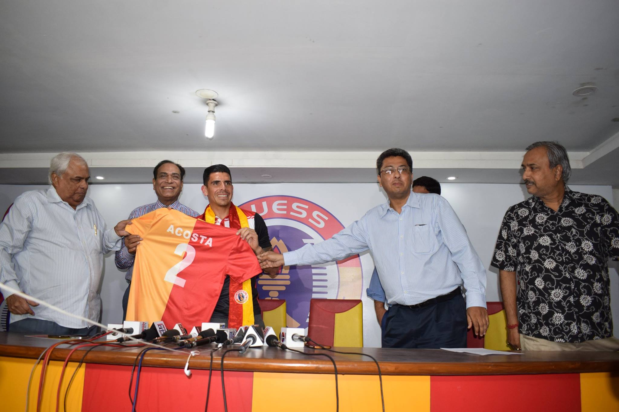 Johnny Acosta East Bengal unveil
