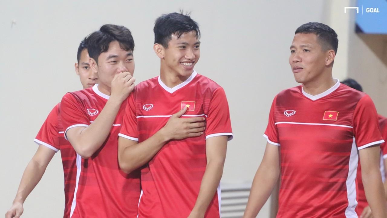 Luong Xuan Truong Doan Van Hau Nguyen Anh Duc Vietnam AFF Cup 2018