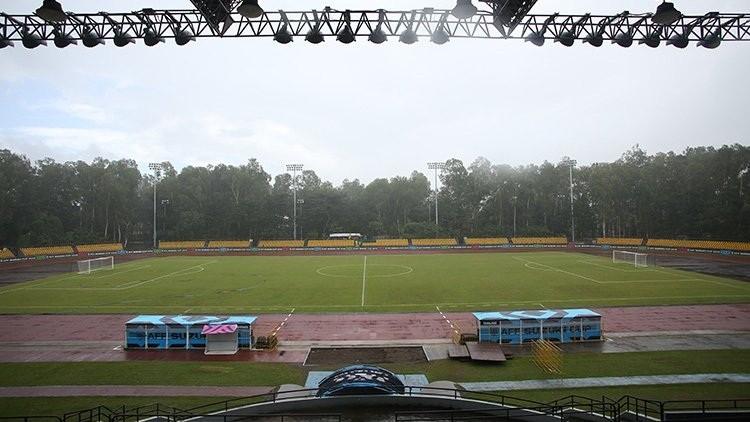 Cận cảnh sân vận động Panaad (Bacolod)
