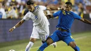 Denis Pineda Alex Sandro Brazil El Salvador Friendly 11092018