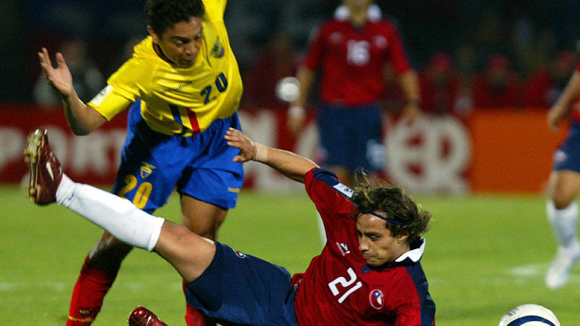Edwin Tenorio. Jorge Valdivia Ecuador Chile 2005 Eliminatorias