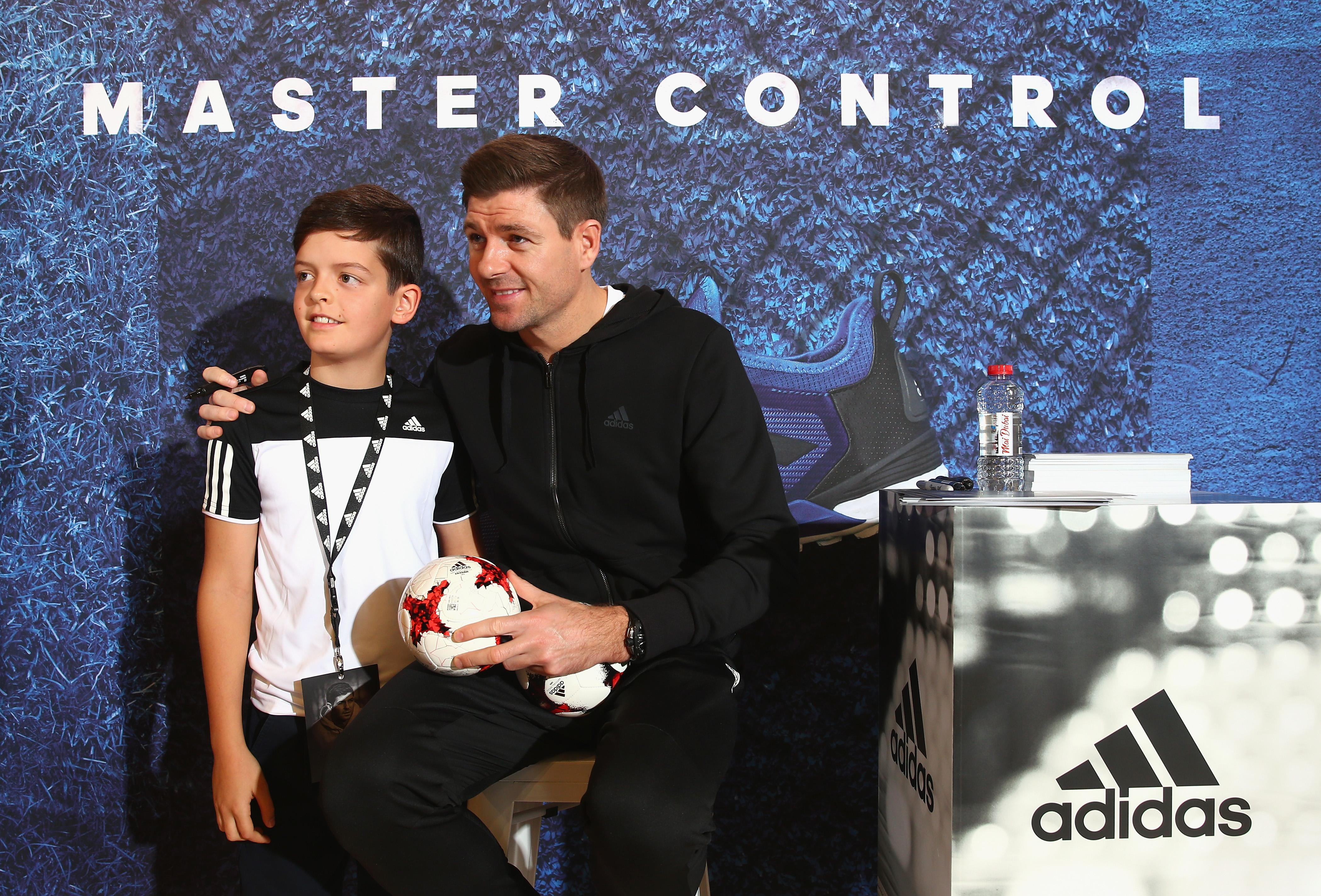 Steven Gerrard, Adidas