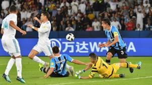 Geromel Cristiano Ronaldo I Grêmio Real Madrid I Mundial de Clubes I 16 12 17