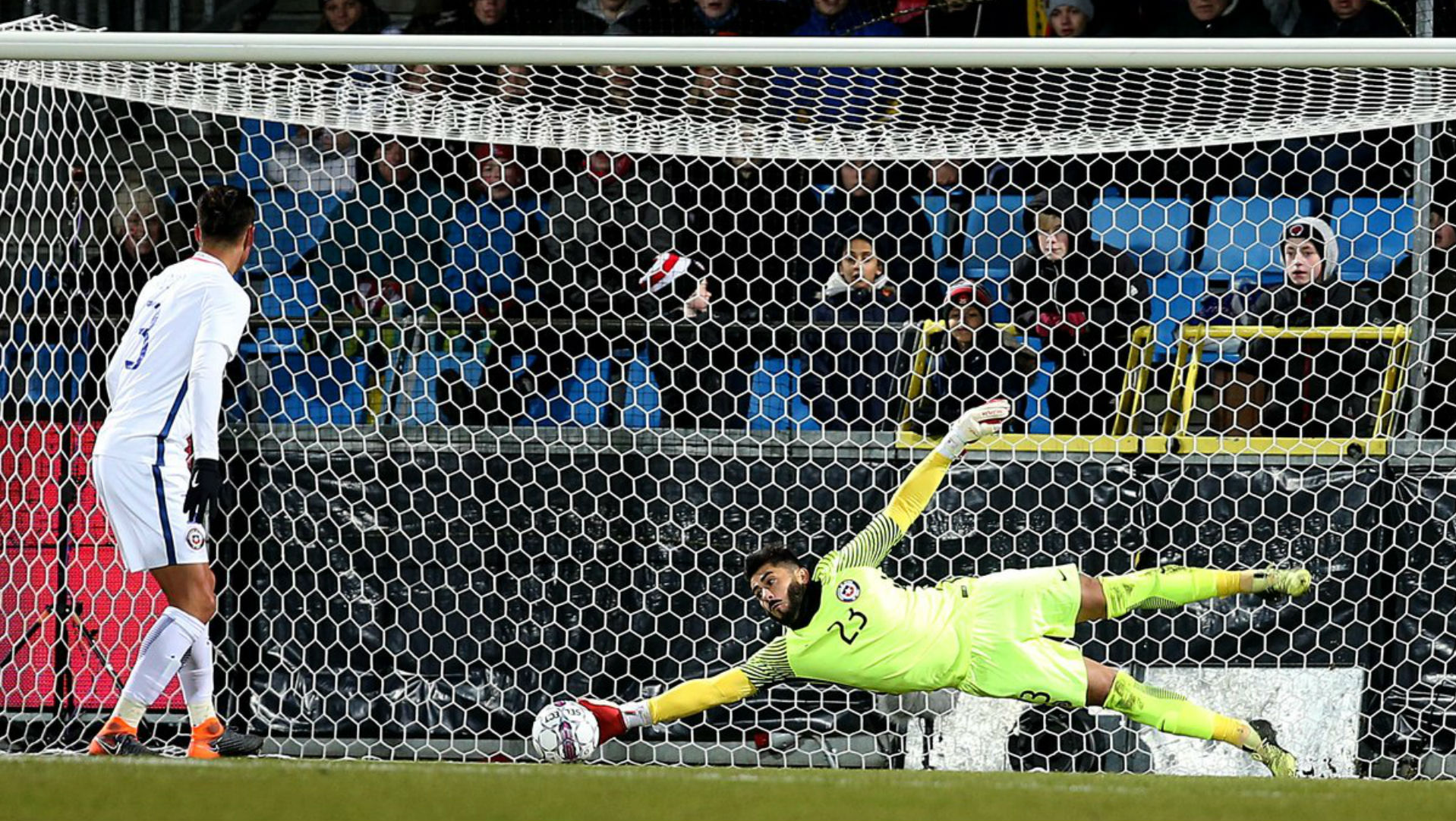 Selección chilena jugaría nuevo amistoso ante Rumania