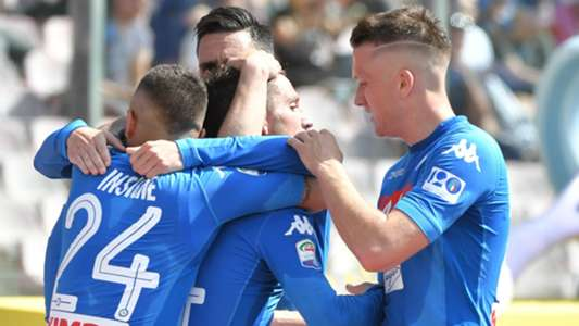 Napoli celebrating against Torino Serie A