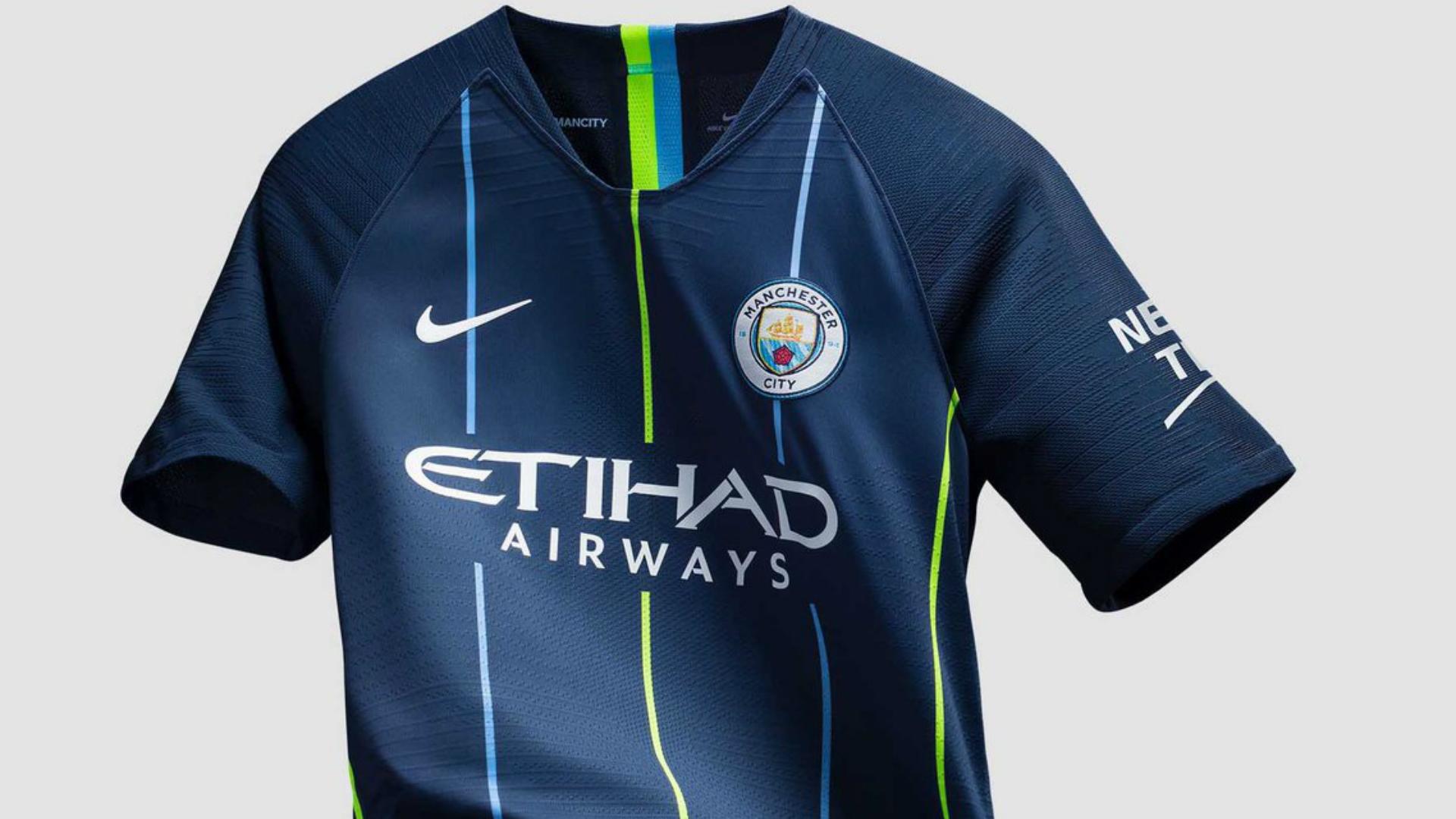 Manchester City deplasman formasi 2018/2019