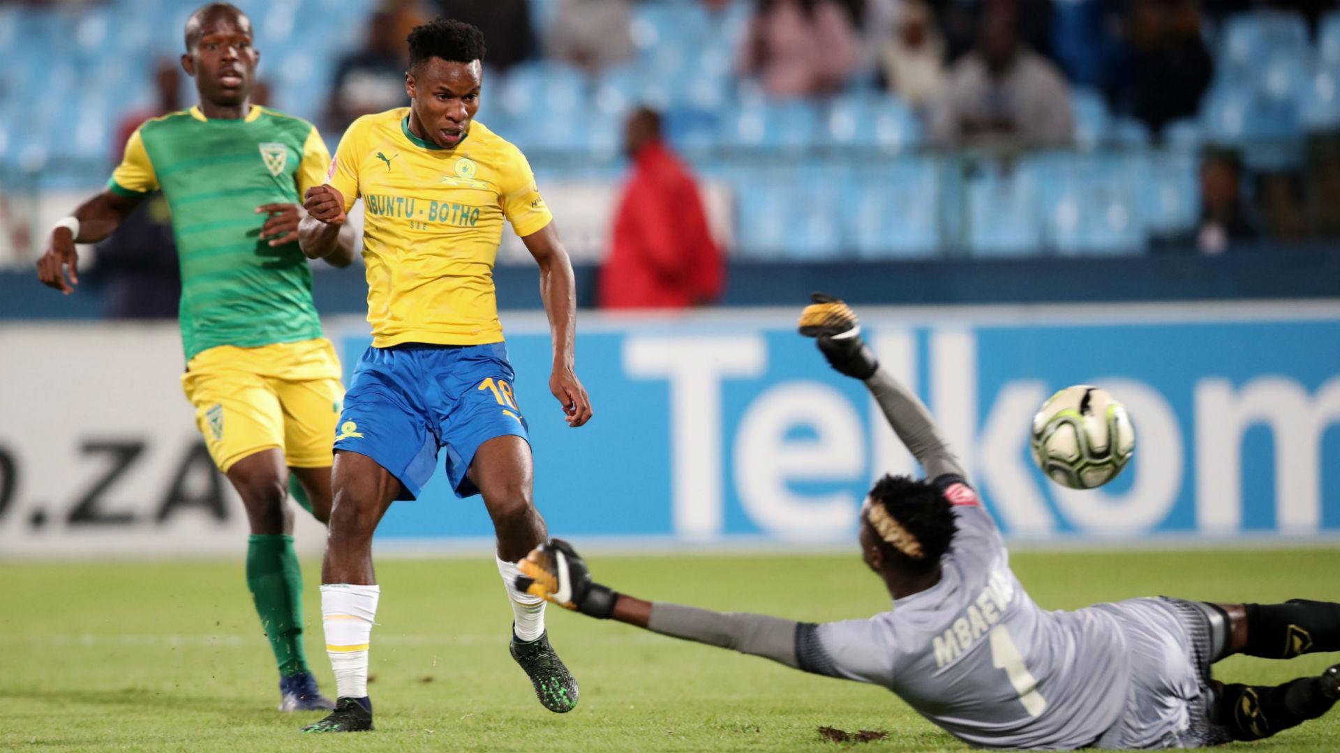Themba Zwane, Sundowns & Maximilian Mbaeva, Golden Arrows, May 2019