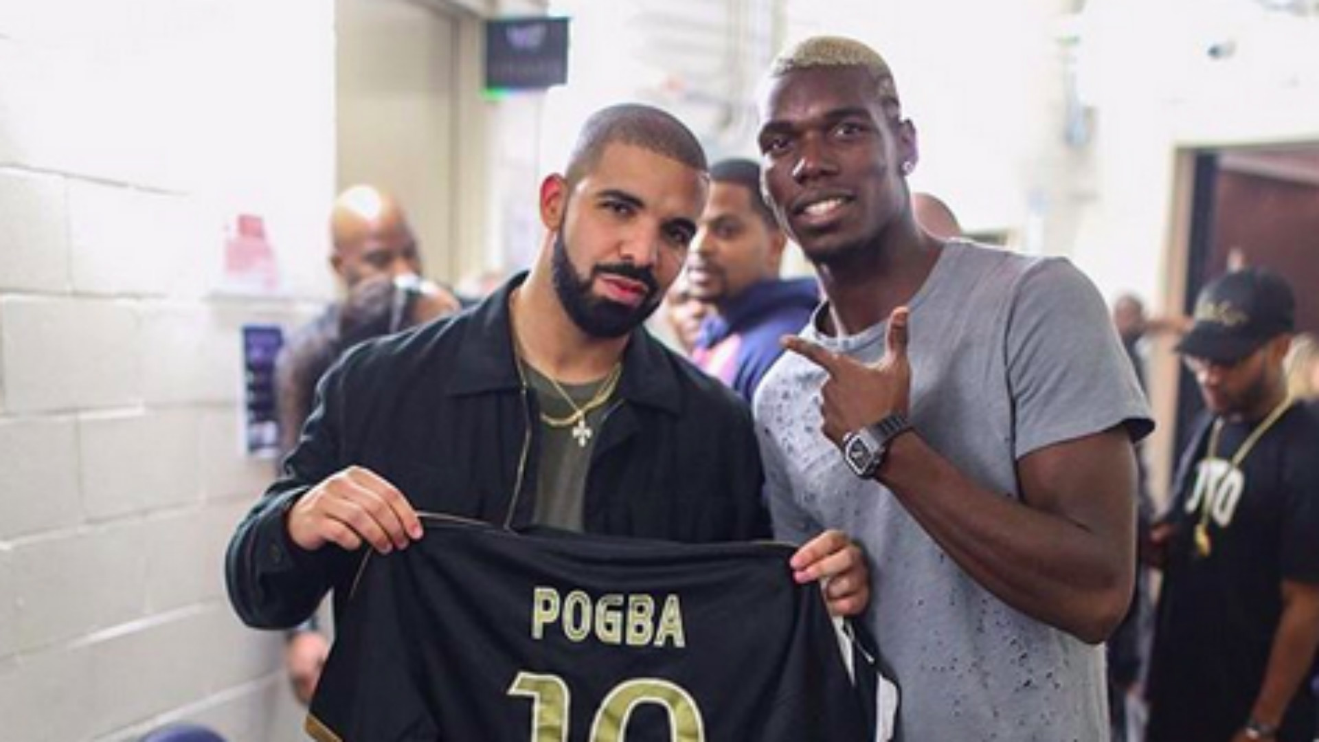 50a2bc271a9 The Drake Curse  What is it and which football teams are its victims ...