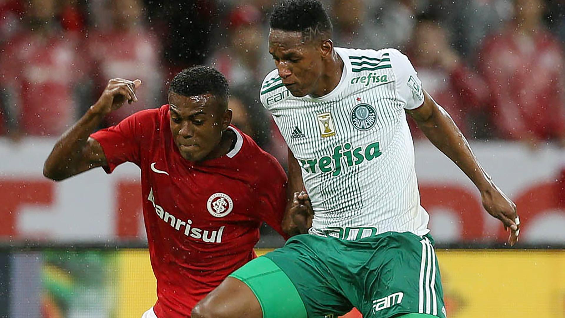 Marcelo Cirino Yerry Mina Internacional Palmeiras CdB 31052017