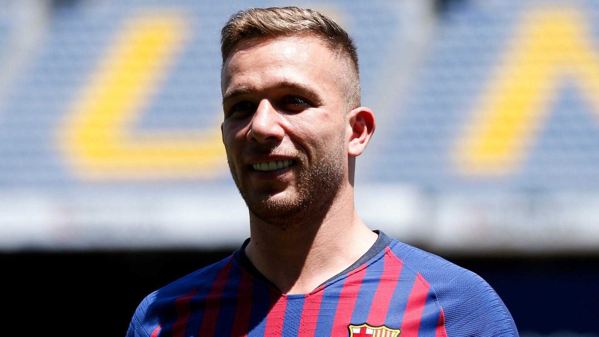 Arthur Barcelona 2018-19