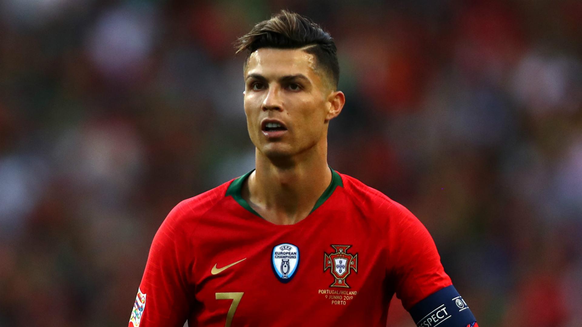 Matic 'ferma' Ronaldo: foto con il figlio dopo Serbia-Portogallo