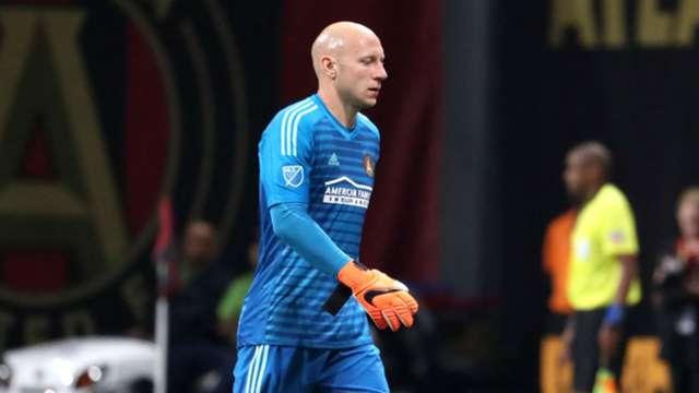 separation shoes e00b1 50c9c MLS: Brad Guzan red card spoils clash of first-place teams ...