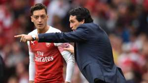 Mesut Ozil Unai EmeryArsenal Manchester City Premier League 2018-19
