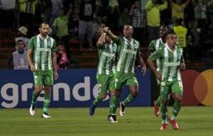 Atlético Nacional gol Lucumí a Libertad Copa Libertadores 2019